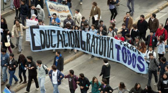 estudantes-chilenos