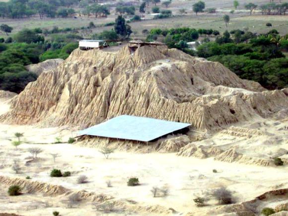 As pirâmides de Tucume