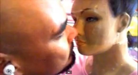 amo-manequim-beijo-merdtv